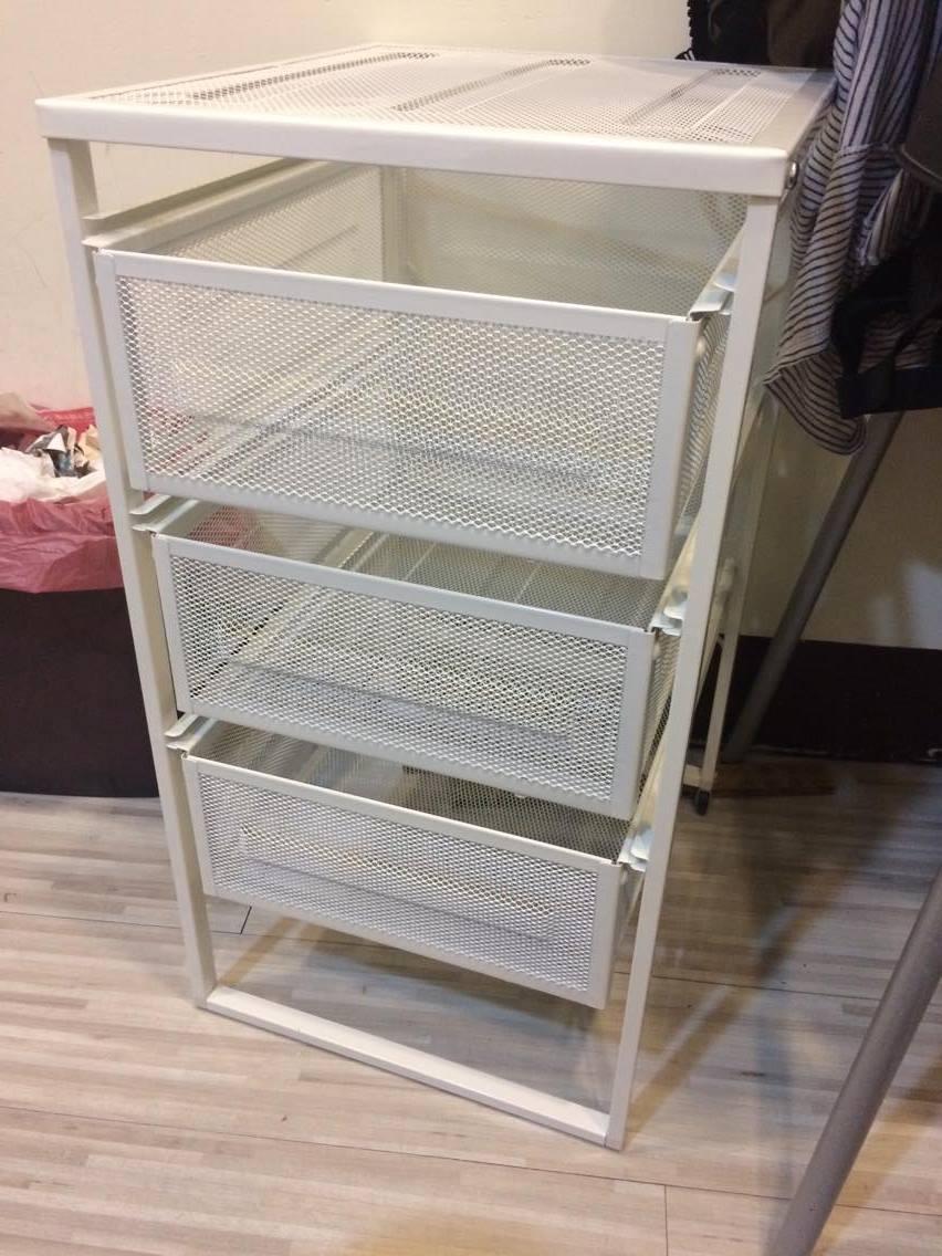 還有IKEA的390元便宜抽屜籃,確保可以塞桌底下又不會太擠
